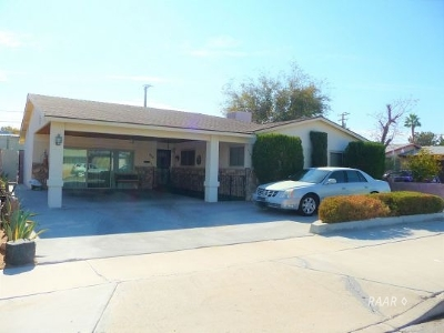 Inyo County, Kern County, Tulare County Single Family Home For Sale: 419 Jean Ave