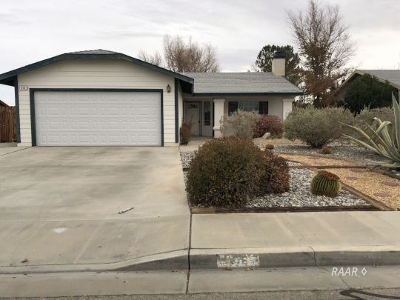 Inyo County, Kern County, Tulare County Single Family Home For Sale: 416 Ashton St