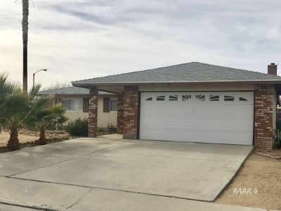 Inyo County, Kern County, Tulare County Single Family Home For Sale: 555 S Sanders