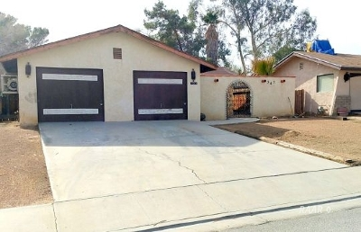 Inyo County, Kern County, Tulare County Single Family Home For Sale: 525 Weiman Ave