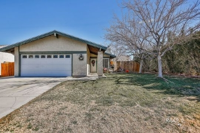 Inyo County, Kern County, Tulare County Single Family Home For Sale: 602 N. El Prado Dr