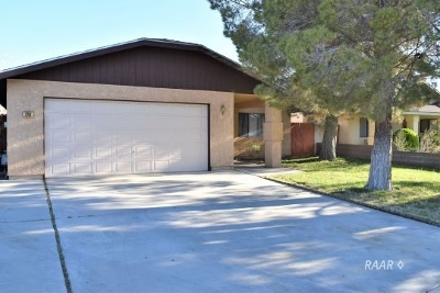 Inyo County, Kern County, Tulare County Single Family Home For Sale: 318 E Wilson Ave