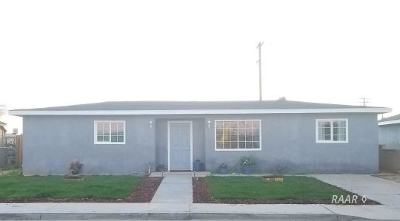 Inyo County, Kern County, Tulare County Single Family Home For Sale: 245 N Fairview St