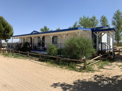 Inyo County, Kern County, Tulare County Single Family Home For Sale: 3408 N Mirage