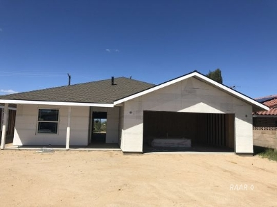 Inyokern, Johannesburg, Ridgecrest Single Family Home For Sale: 622 A West Joyner Ave