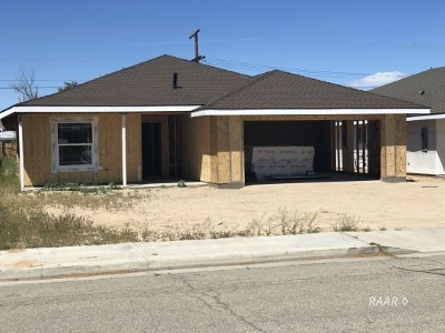 Inyo County, Kern County, Tulare County Single Family Home For Sale: 622 B West Joyner