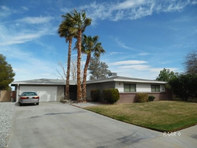 Inyo County, Kern County, Tulare County Single Family Home For Sale: 508 N Scott St