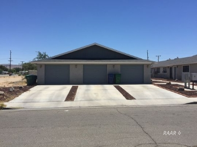 Inyo County, Kern County, Tulare County Multi Family Home For Sale: 129 E Parkview Ave
