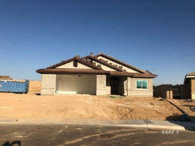Inyo County, Kern County, Tulare County Single Family Home For Sale: 1241 San Michele Pl