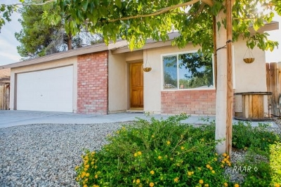 Inyo County, Kern County, Tulare County Single Family Home For Sale: 133 Rawhide Ln