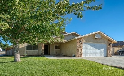 Inyo County, Kern County, Tulare County Single Family Home For Sale: 1125 Lee Ave