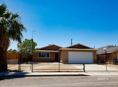 Inyo County, Kern County, Tulare County Single Family Home For Sale: 1629 S Sims St