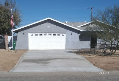 Inyo County, Kern County, Tulare County Single Family Home For Sale: 8861 Eucalyptus