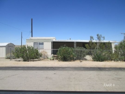 Inyo County, Kern County, Tulare County Mobile/Manufactured For Sale: 324 Comstock Ave
