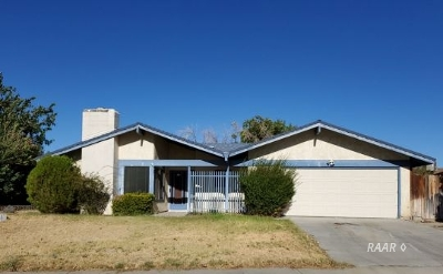 Inyo County, Kern County, Tulare County Single Family Home For Sale: 542 N El Prado Dr