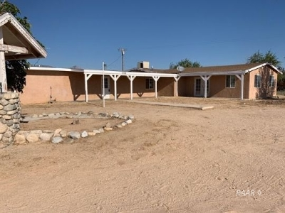 Inyo County, Kern County, Tulare County Single Family Home For Sale: 1206 N Sun St