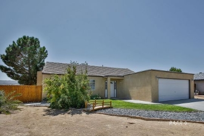 Inyo County, Kern County, Tulare County Single Family Home For Sale: 401 Marlene Ct