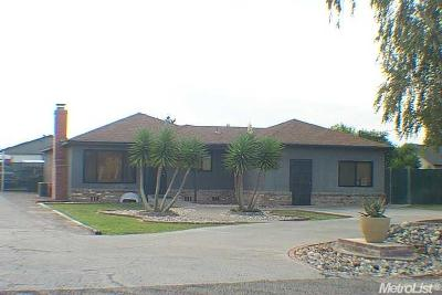 Manteca Single Family Home For Sale: 16280 Cottage