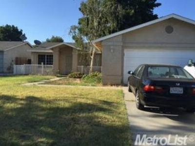 Single Family Home Sold: 3905 Hollywood Drive