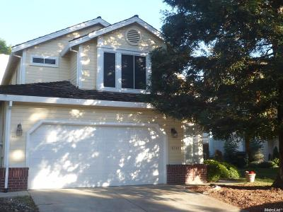 Antelope Single Family Home Active Short Sale: 8564 Longspur Way
