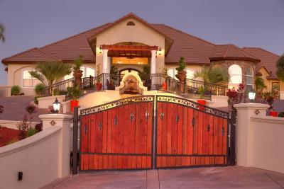 Oakdale Single Family Home For Sale: 8500 Oak Crest Court