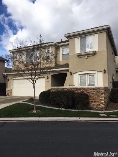 Stockton, Tracy, Elk Grove, Manteca, Lodi, Mountain House, Modesto, Galt, French Camp, Ripon, Salida Single Family Home Active Short Sale: 321 The Bluff