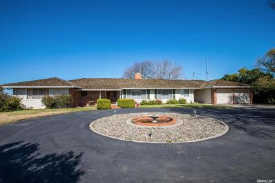 Patterson Single Family Home For Sale: 261 Olive Avenue