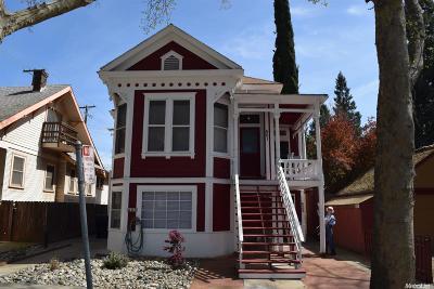 Sacramento County Multi Family Home For Sale: 421 28 Street
