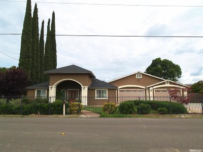 Modesto Single Family Home For Sale: 1657 Elm Avenue