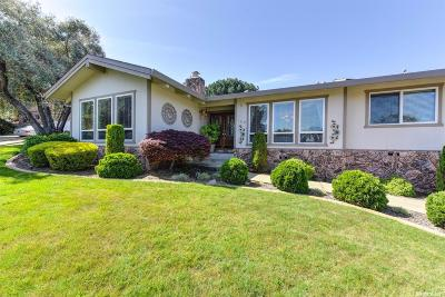 Folsom Single Family Home For Sale: 128 Berry Creek Drive