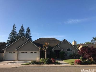 Turlock Single Family Home Active Short Sale: 2060 Castleview Drive