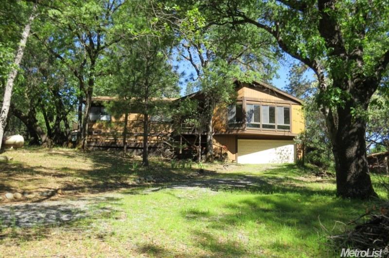 Listing: 2521 Fork House Court, Cool, CA.  MLS# 17025212   Sierra ...