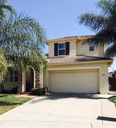 Elk Grove Single Family Home For Sale: 8272 Confetti Court