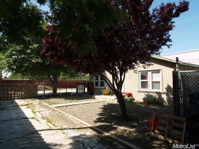 Modesto Multi Family Home For Sale: 1300 North Kansas Road