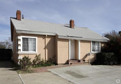 Sacramento Single Family Home For Sale: 2105 Marconi Avenue