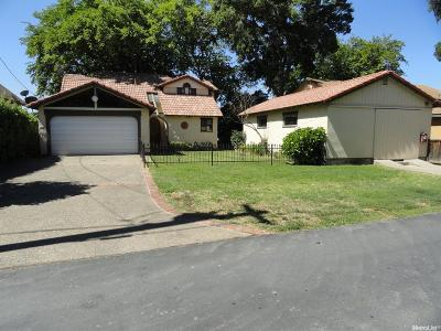 Walnut Grove Single Family Home For Sale: 17412 Grand Island Road