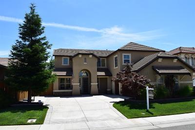 Elk Grove CA Single Family Home For Sale: $575,000