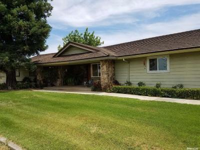 Hughson Single Family Home For Sale: 1436 Mountain View