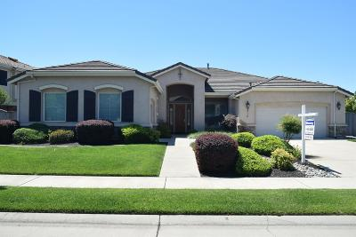 Roseville Single Family Home For Sale: 312 Crescent Drive