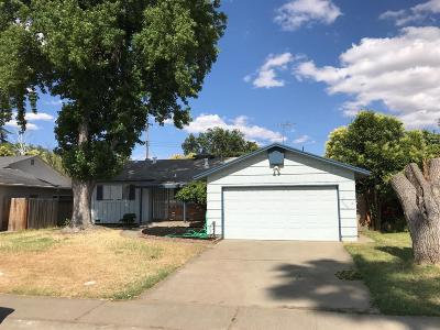 Rancho Cordova Single Family Home For Sale: 2609 Dawes Street