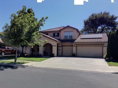 Oakdale Single Family Home For Sale: 319 Oak Branch Street
