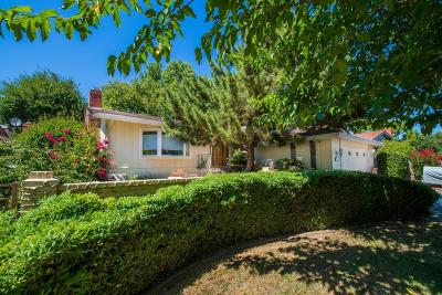 Sacramento Single Family Home For Sale: 8469 Lake Forest Drive
