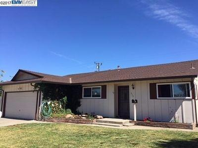 Ripon Single Family Home For Sale: 953 7th Street