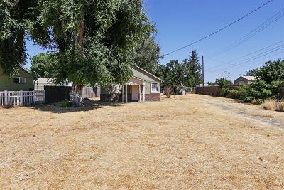 Single Family Home For Sale: 7069 McComber Street