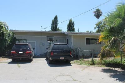 Sacramento Single Family Home For Sale: 204 Hills Court