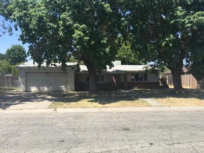 Single Family Home For Sale: 8213 Judette Avenue