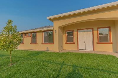 Sacramento County Multi Family Home For Sale: 2800 33rd Avenue