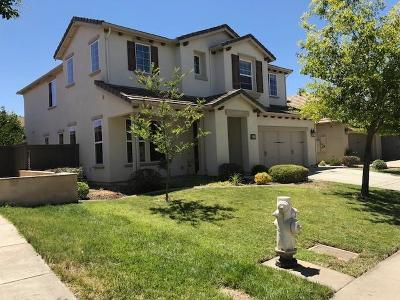 Rancho Cordova Single Family Home For Sale: 5114 Otter Pond Way