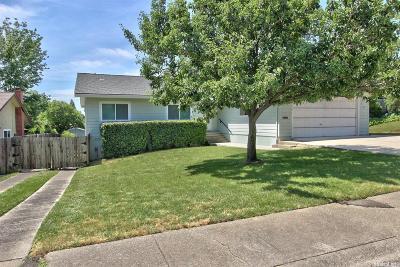 Fair Oaks Single Family Home For Sale: 8529 Hayden Way