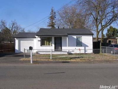 Stockton Single Family Home For Sale: 425 South Coolidge